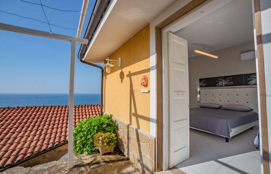 castellabate-sea-view-rooms-05